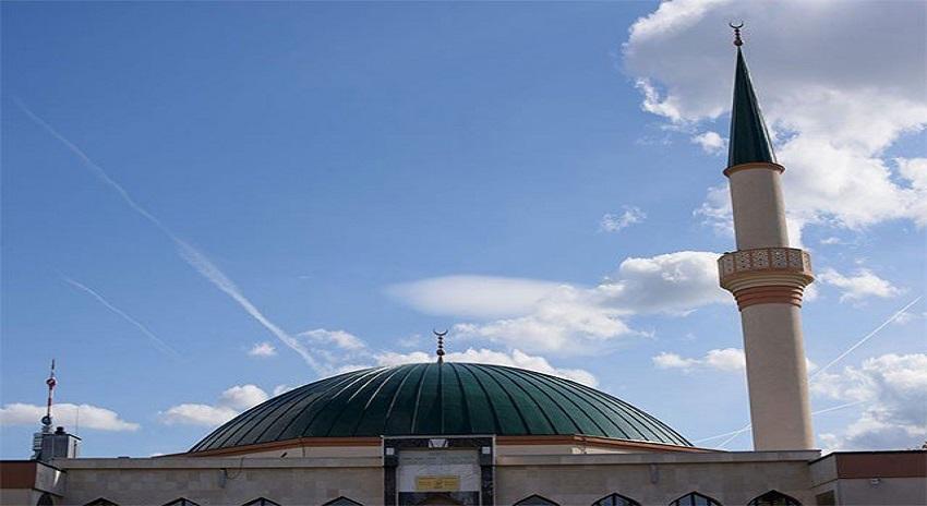 Photo of 7 مساجد کو بند کرنے اور آئمہ کرام کو ملک بدر کرنے کا اعلان
