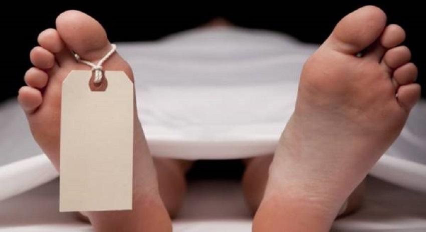 Photo of قیامت خیز گرمی، اے سی بند کرنے پہ مریض نے ڈاکٹر کے سامنے خودکشی کرلی