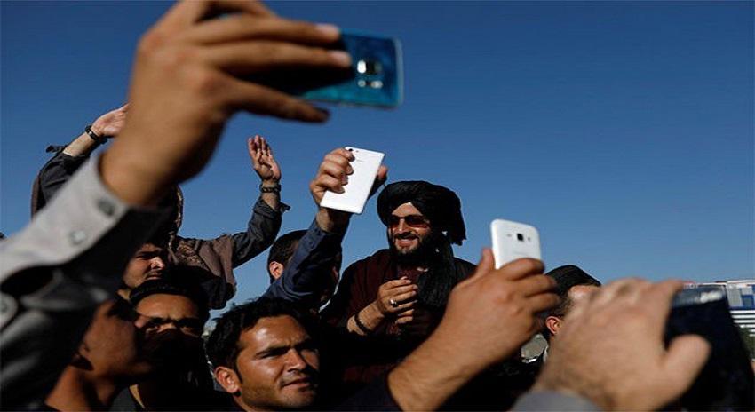 Photo of سیلفیاں بنانے والے طالبان کیخلاف طالبان قیادت نے کارروائی کا فیصلہ کیا ہے، سزا کیا ہے، جان کر آپ۔ ۔۔ ۔