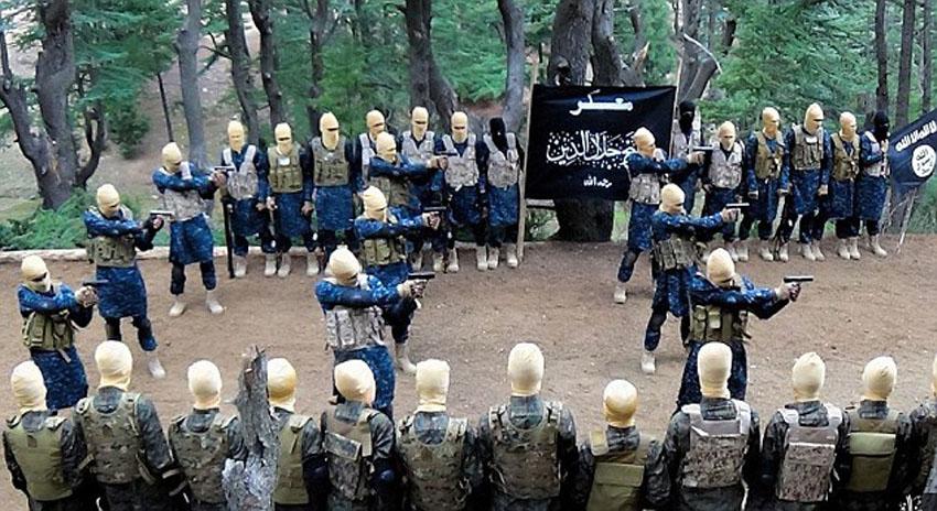 Photo of افغان صوبہ ننگرہار میں بم دھماکے کی ذمہ داری داعش نے قبول کرلی