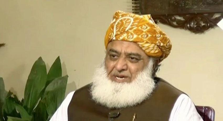Photo of عمران خان کی زبان میں شرافت ختم ہوچکی ہے: مولانا فضل الرحمان