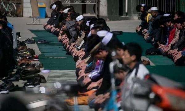 Photo of چین کے اہم مسلم شہر میں مسلمانوں پر سخت پابندیاں