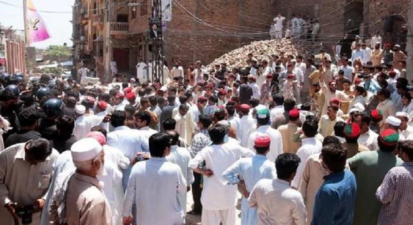 Photo of اے این پی اور پی ٹی آئی کارکنوں میں جھگڑا، تحریک انصاف کا ایک کارکن جاں بحق ، 4 زخمی