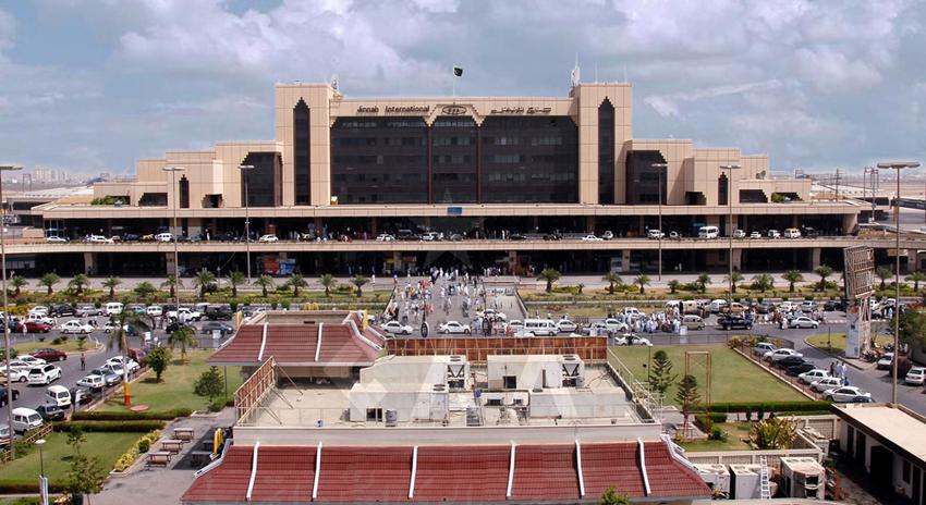 Photo of جناح انٹرنیشنل ایئرپورٹ پر ہر طرح کے پروٹوکول پر پابندی عائد