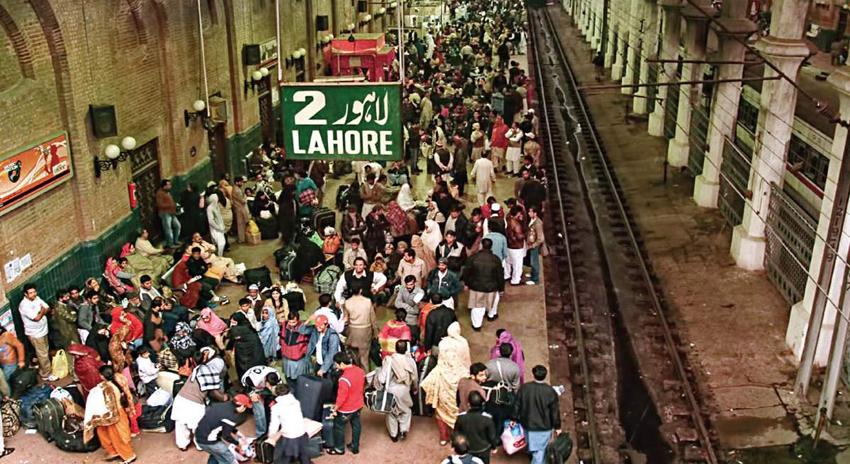 Photo of ریلوے مسافروں کی تعداد میں 34 لاکھ کا اضافہ