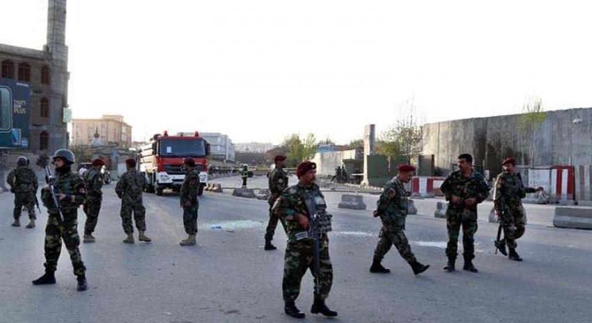 Photo of کابل: افغان صدر کے عید اجتماع سے خطاب کے دوران صدارتی محل پر راکٹ حملے