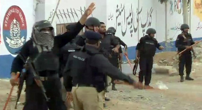 Photo of کراچی، منشیات فروشوں کیخلاف پولیس آپریشن کے دوران نوجوان کی ہلاکت پر احتجاج