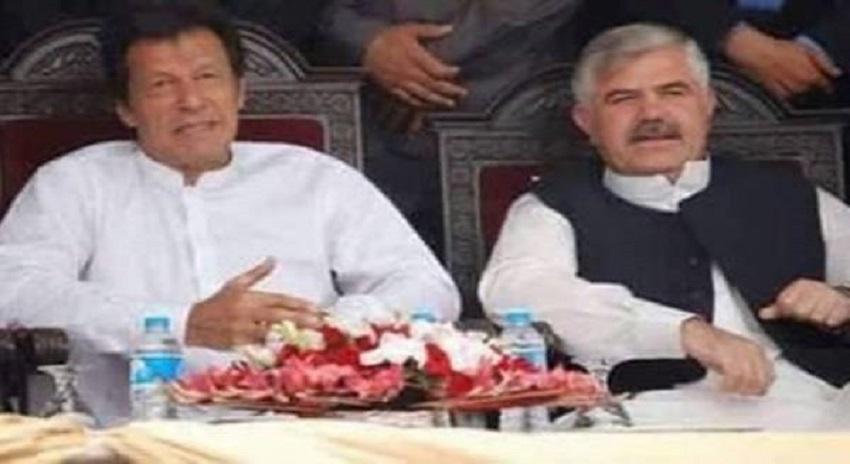 Photo of نامزد وزیراعلیٰ خیبرپختونخواہ محمود خان ماضی میں کس وزارت پر براجمان تھے اور کتنے روپے کرپشن کے الزامات پر وزارت چھوڑی؟ تہلکہ خیز تفصیلات جان کر آپ بھی دنگ رہ جائیں گے
