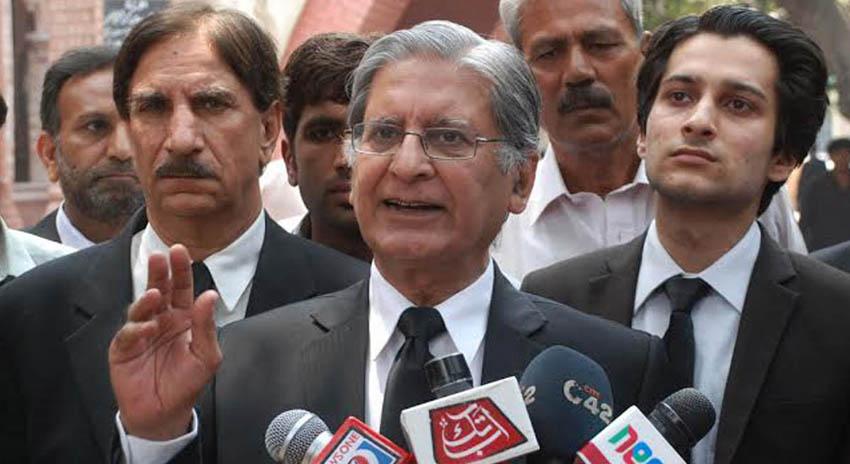 Photo of فضل الرحمن سے بات چیت کا الیکشن سے پہلے اچھا نتیجہ نکلے گا، اعتزاز احسن