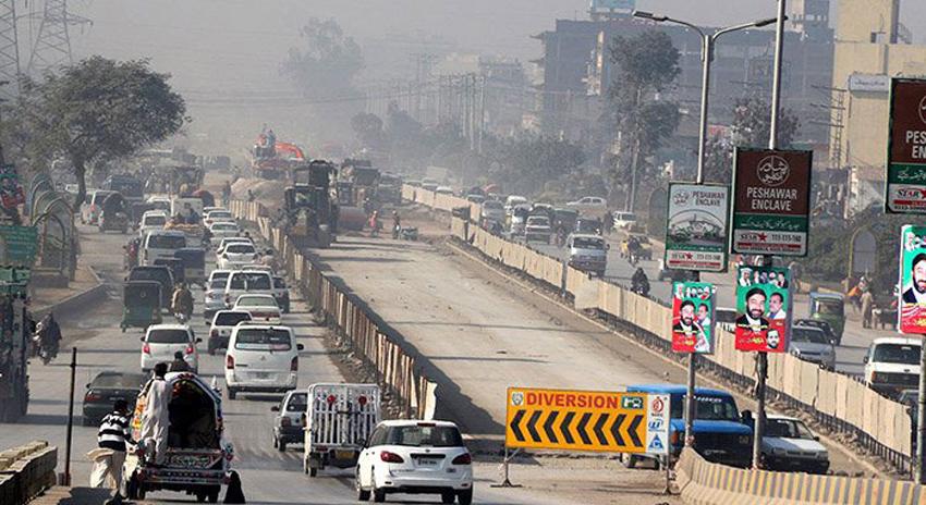 Photo of پشاور: بس ریپڈ ٹرانزٹ منصوبے کا چوری شدہ 2 کروڑ مالیت کا سامان گوداموں سے برآمد