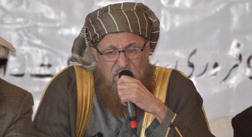 Photo of عمران خان مدارس کے حوالے سے کوئی غلط اقدام اٹھانے کی جرات نہیں کریگا، مولانا سمیع الحق