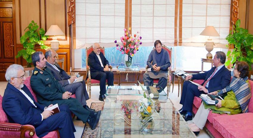 Photo of یمن کے عوام کے مسائل ختم ہونے چاہیں، فریقین رضامند ہوں تو پاکستان ثالثی کیلئے تیار ہے، عمران خان