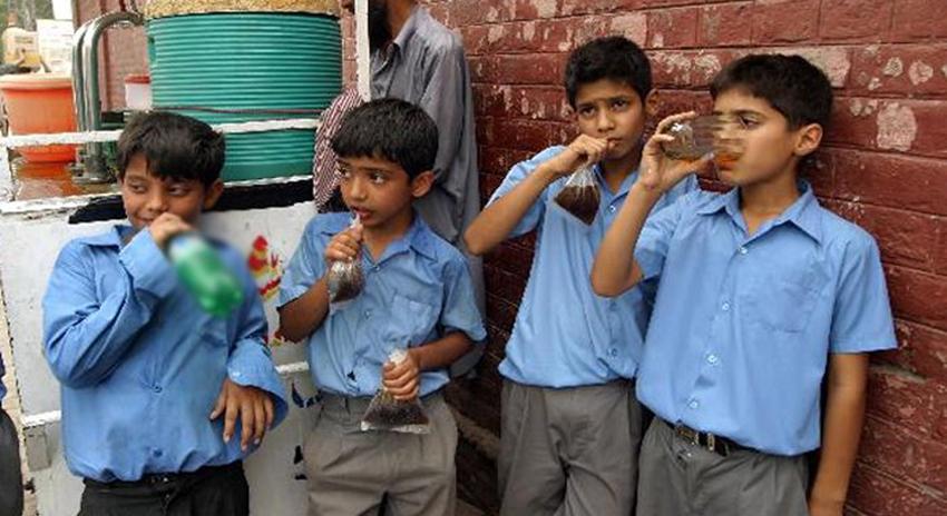 Photo of سندھ کے تمام تعلیمی اداروں میں کولڈ ڈرنکس اور فلیور ڈرنکس پر پابندی عائد