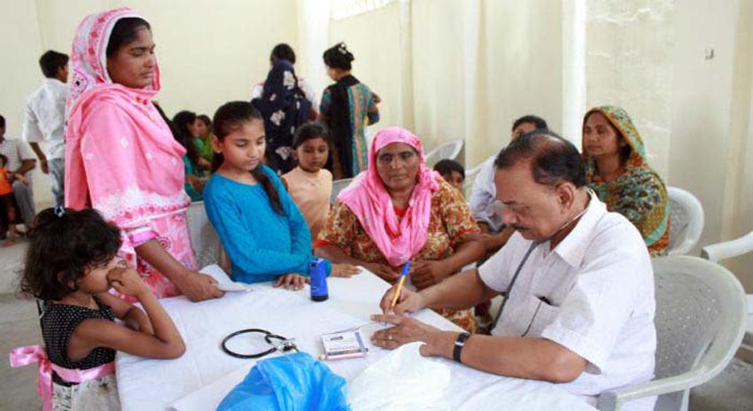 Photo of سندھ میں ڈاکٹرز کی قلت: حکومت کا بغیر امتحان کے ڈاکٹرز بھرتی کرنے کا فیصلہ