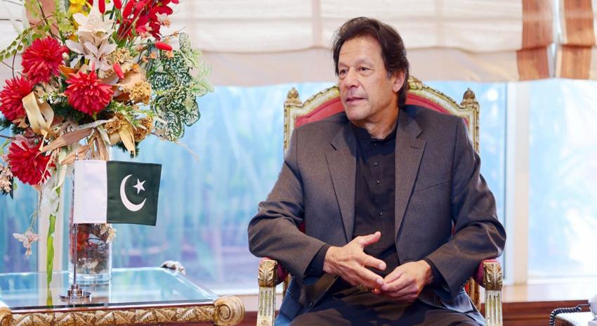 Photo of امریکا اب مزید پاکستان کے کندھوں پر رکھ کر بندوق نہ چلائے: وزیر اعظم