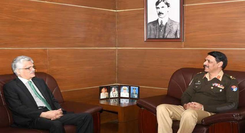 Photo of ترجمان پاک فوج سے چیئرمین پیمرا کی ملاقات، میڈیا سے متعلق امور پر گفتگو