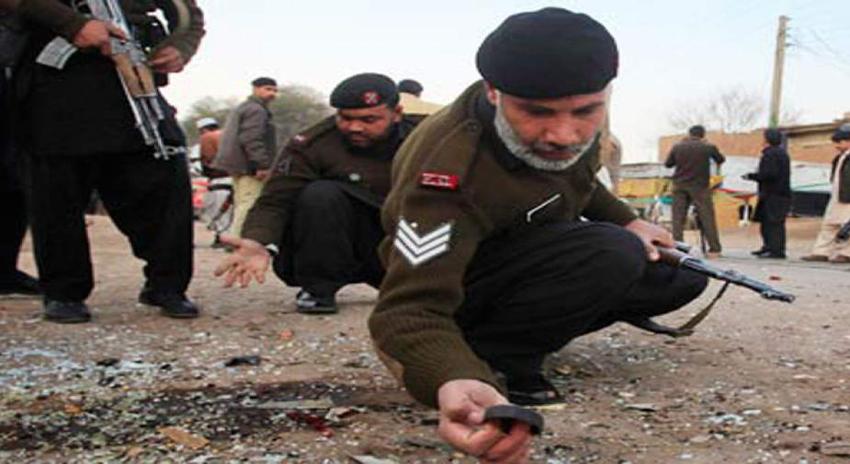 Photo of باجوڑ، سڑک کنارے نصب بارودی مواد کا دھماکا، 2 افراد جاں بحق