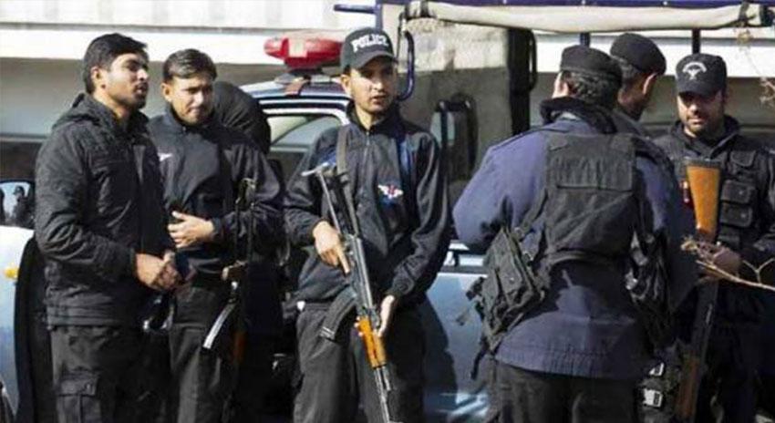 Photo of ڈیرہ غازی خان میں دہشت گردی کا بڑا منصوبہ ناکام ،3 دہشت گرد گرفتار