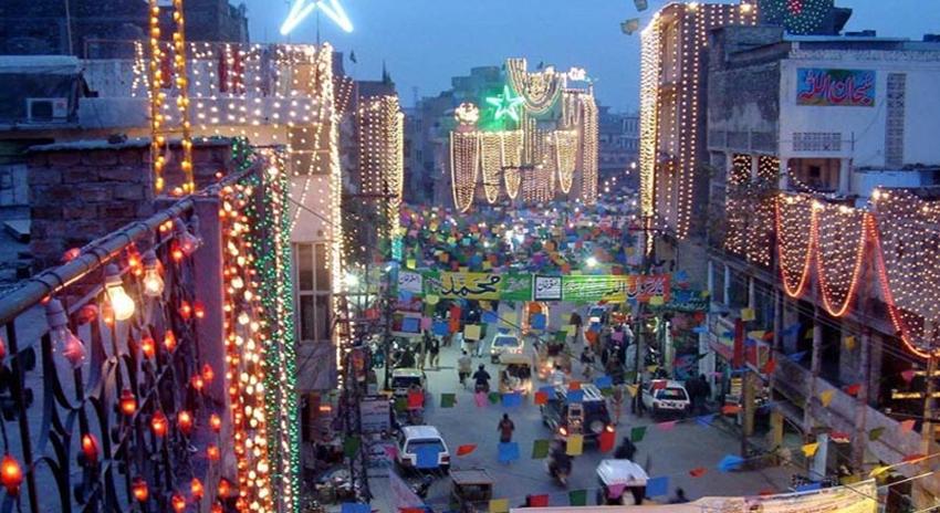 Photo of ملک بھر میں یوم ولادت رسول ﷺ مذہبی عقیدت و احترام کے ساتھ منایا جارہا ہے