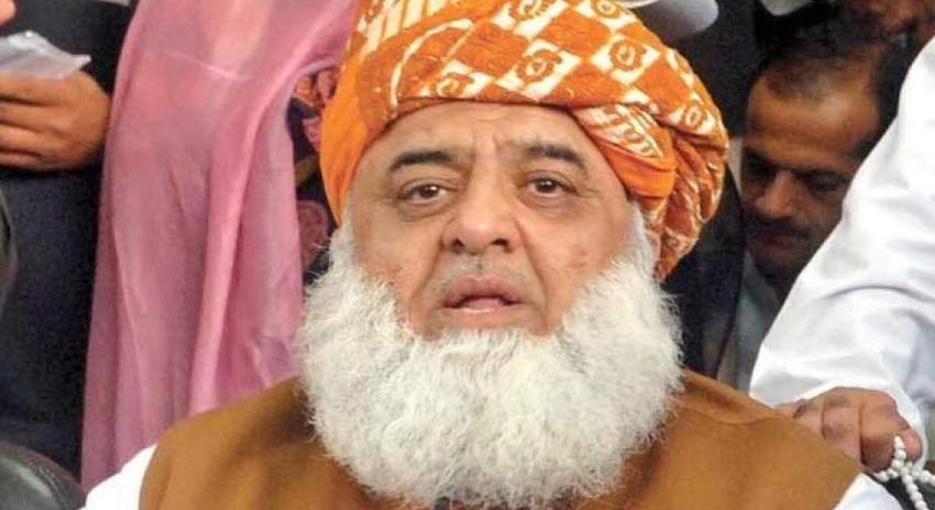 Photo of چینی قونصل خانے پر حملہ سیکیورٹی اداروں کی ناکامی ہے، مولانا فضل الرحمان