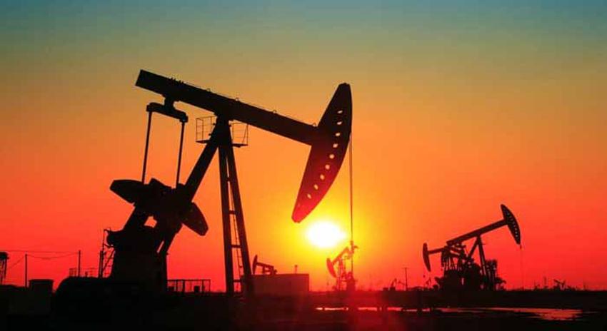 Photo of 'عالمی منڈی میں تیل کی قیمتوں میں کمی عالمی معاشی بحران کا پیش خیمہ ہوسکتا ہے'
