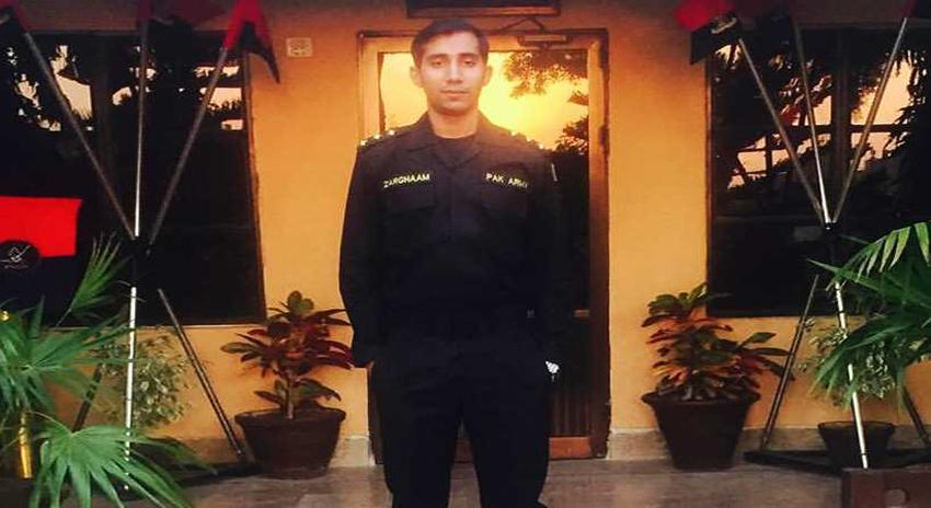 Photo of مہمند ایجنسی میں بارودی سرنگ ہٹاتے ہوئے پاک فوج کے کیپٹن ضرغام فرید شہید