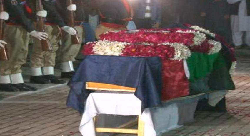 Photo of اغواء کے بعد افغانستان میں قتل ہونے والے ایس پی طاہر داوڑ سپرد خاک