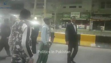 Photo of ڈی جی آئی ایس پی آر کی کراچی میں کرکٹ کھیلتے ہوئے ویڈیو سوشل میڈیا پر وائرل