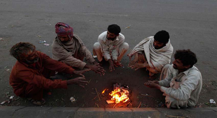 Photo of سائبیرین ہواؤں نے کراچی کا موسم سرد کردیا، درجہ حرارت میں 3 ڈگری کمی