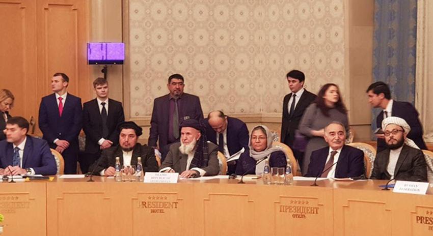 Photo of پاکستان کی معاونت سے ابوظہبی میں افغان امن بیٹھک کا آغاز، طالبان نمائندے بھی شریک