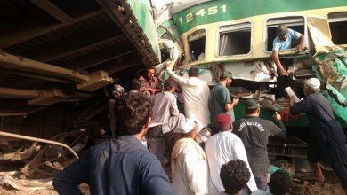 Photo of رحیم یار خان میں اکبر ایکسپریس اور مال گاڑی میں تصادم، 17 افراد جاں بحق