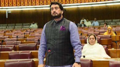 Photo of حکومت پاکستانی نسل کو منشیات میں مبتلا کرنے والوں سے سمجھوتہ نہیں کرے گی، شہریارآفریدی