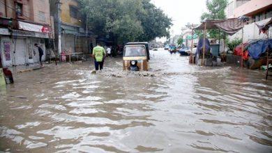 Photo of شہر قائد میں 2 روز کی بارش،کرنٹ لگنے سے 11 افراد جاں بحق