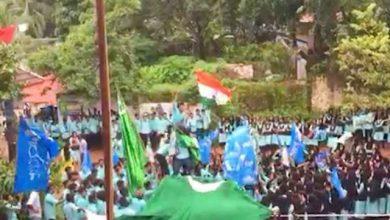 بھارت میں پاکستانی پرچم لہرانے پر 30 طلبا کے خلاف مقدمہ درج