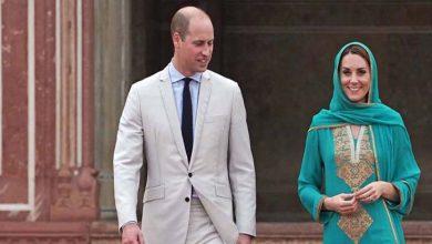 Photo of برطانوی شاہی جوڑے نے بادشاہی مسجد کا دورہ کیا