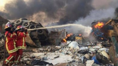 Photo of بیروت دھماکوں کےنتیجےمیں ملک میں دوہفتوں کےلیےہنگامی حالت کانفاذ
