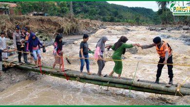 Photo of انڈونیشیا میں طوفانی بارشیں سیلاب کی شکل اختیار کرگئی