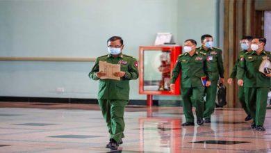 Photo of سو روز بعد میانمار کے حکمران جرنیل محض کنٹرول کا دکھاوا کر رہے ہیں