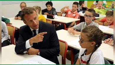 Photo of فرانسیسی صدر سے بچی کا معصومانہ سوال ، تھپڑ کھا کر کیسا لگا ؟