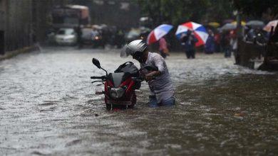 Photo of سری لنکا میں موسلا دھار بارشوں کے نتیجے میں ہلاکتوں کی تعداد 14 ہو گئی