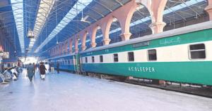 پاکستان ریلوے نے ماروی پسنجر اور سمن سرکار ایکسپریس کو بحال کرنےکافیصلہ کرلیا۔