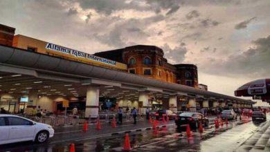 Photo of علامہ اقبال ایئرپورٹ پر رن وے کئی گھنٹے گزر جانے کے بعد بھی بحال نہ ہوسکا